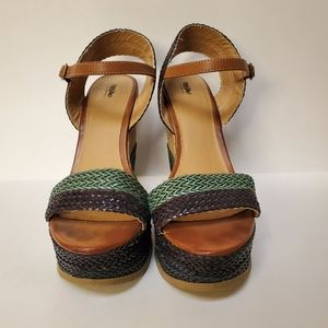 Straw Wedges